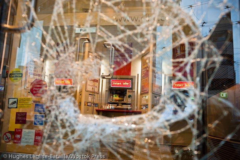Quatre banques attaquées à Montréal