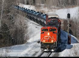 Deux instances de sabotage de chemins de fer pétroliers