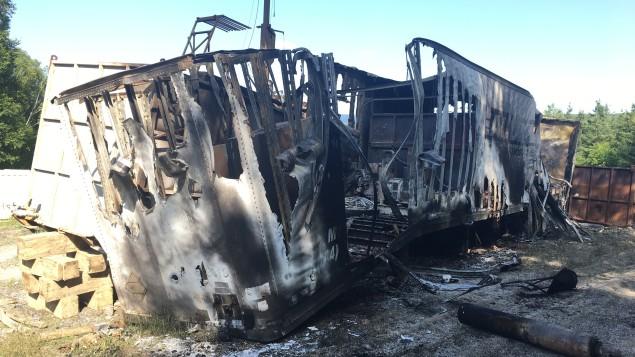 Des équipements de Squatex incendiés à Sainte-Jeanne-d'Arc