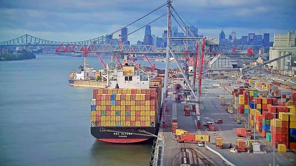 Perturbation matinale du Port de Montréal en solidarité avec les Wet'suwet'en en lutte contre Coastal GasLink (vidéo)