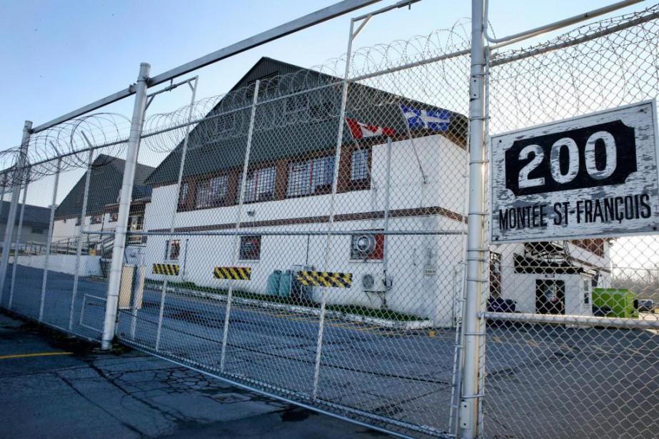 Message des prisonniers au Centre de surveillance de l'immigration de Laval : Grève de la faim jusqu'à la libération