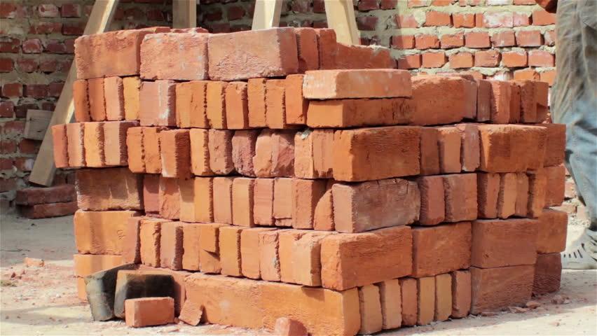 Des piles de briques et d'autres choses pas rapport : 11 arguments contre les conspirations de manifs