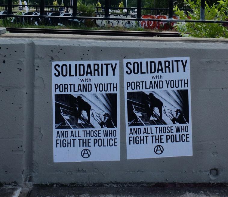 Solidarité avec la jeunesse de Portland
