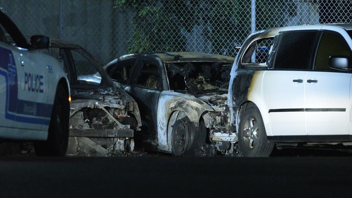 Incendie de 7 voitures de police à un garage d'entretien du SPVM